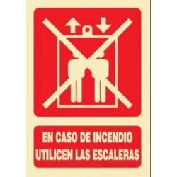 SEÑAL DE USO DE ESCALERAS...